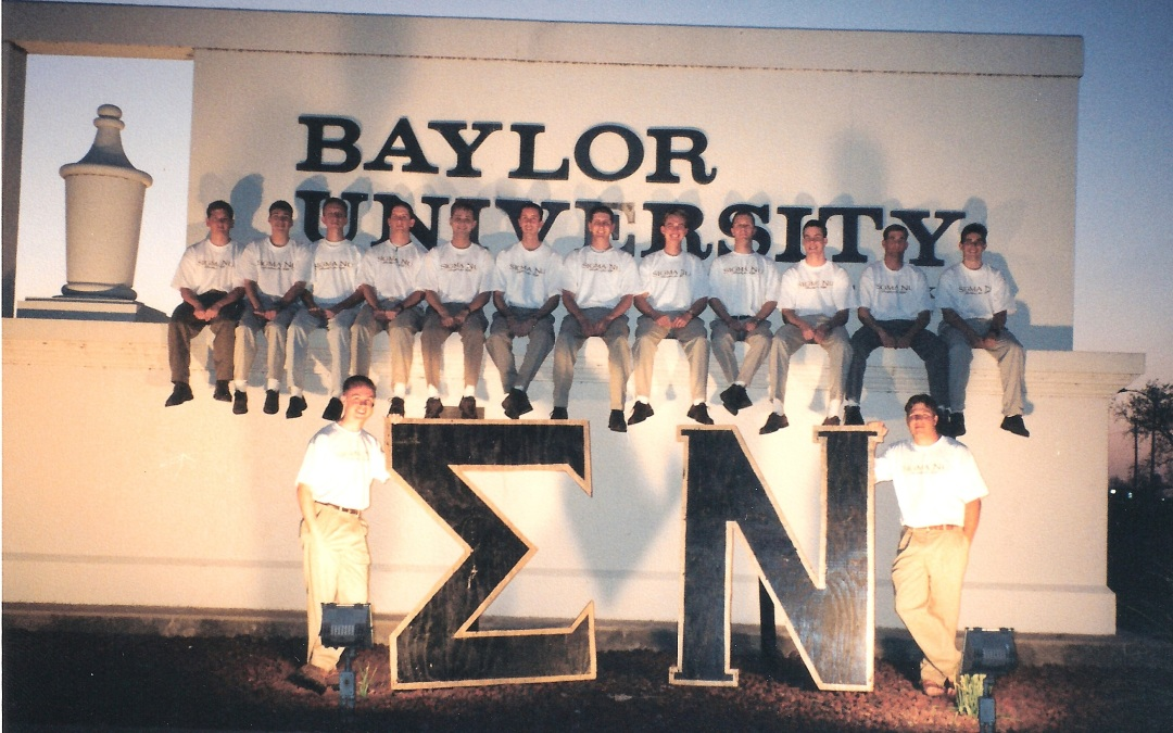 CHI-Pledge-Class-Baylor-Sign